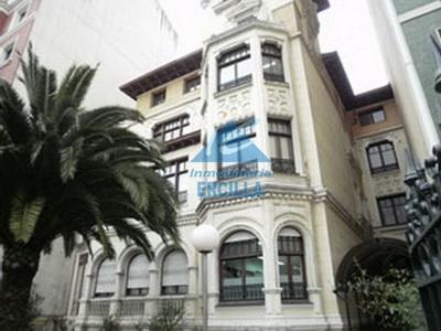 Oficina exterior en Bilbao - Campo Volantín