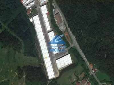 Nave en venta con playa privada en Valle de Arratia -