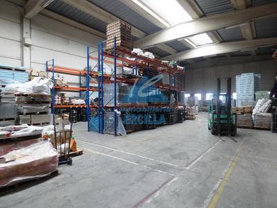 Nave industrial en El Campillo en Margen Izda. - Gallarta
