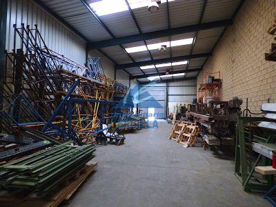 Pabellón industrial bien comunicado en Alto Nervión - Arrigorriaga